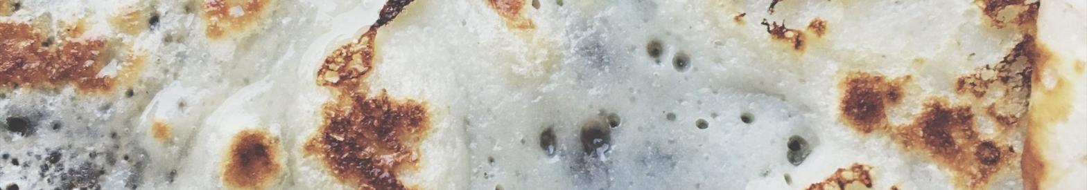 Crêpe mince aux framboises